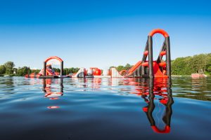 Wakeinn-pripuciamu-vandens-atrakcionu-ant-vandens-parkas-vilniuje-23