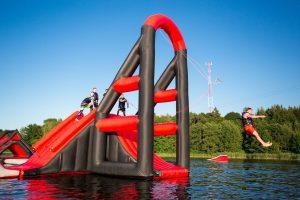 Wakeinn-pripuciamu-vandens-atrakcionu-ant-vandens-parkas-vilniuje-49